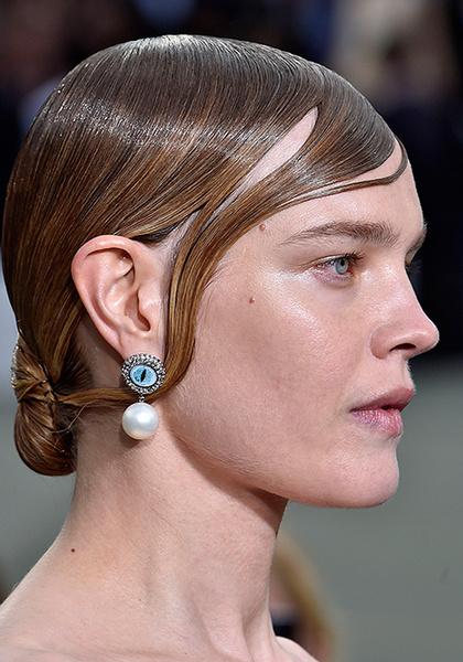 Фото №6 - Наталья Водянова снова в строю: модель на показе Givenchy
