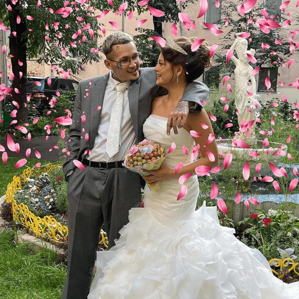 Фото №1 - Ура! Моргенштерн и Дилара поженились! 💍