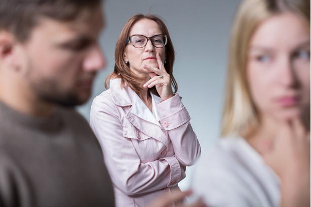 у матери конфликты с моим мужем