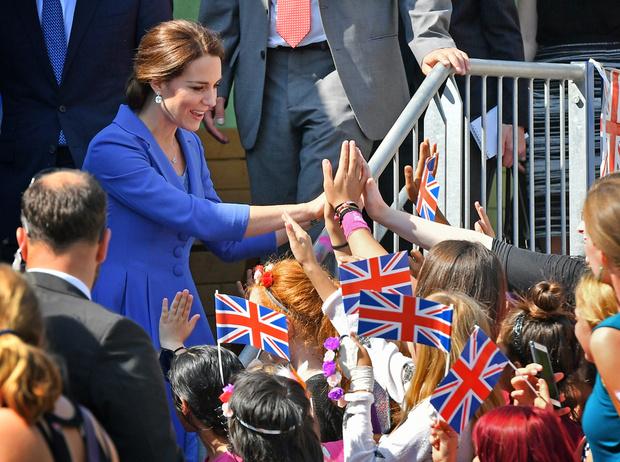 Фото №8 - Немецкие СМИ признали Кейт Миддлтон второй принцессой Дианой