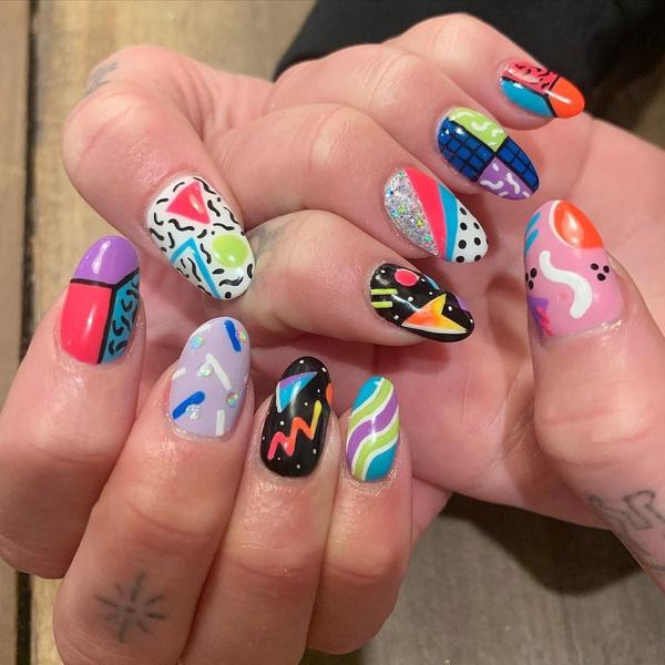 Фото №7 - Самые трендовые маникюры осени 2021: вдохновляемся ногтями Дуа Липы