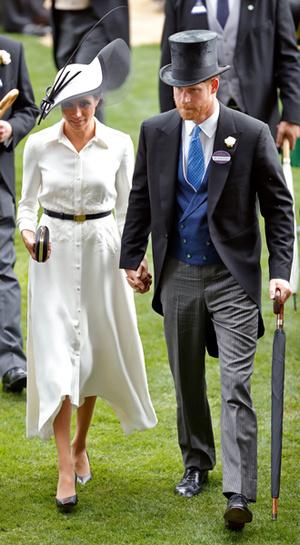 Фото №9 - Герцогиня Меган тратит на наряды больше герцогини Кейт