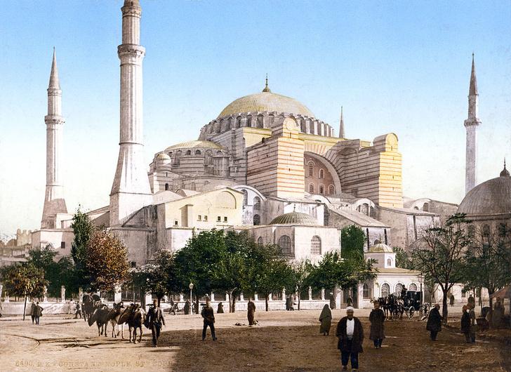 Фото №2 - Собор, мечеть, музей: полторы тысячи лет истории Святой Софии Константинопольской в занимательных фактах