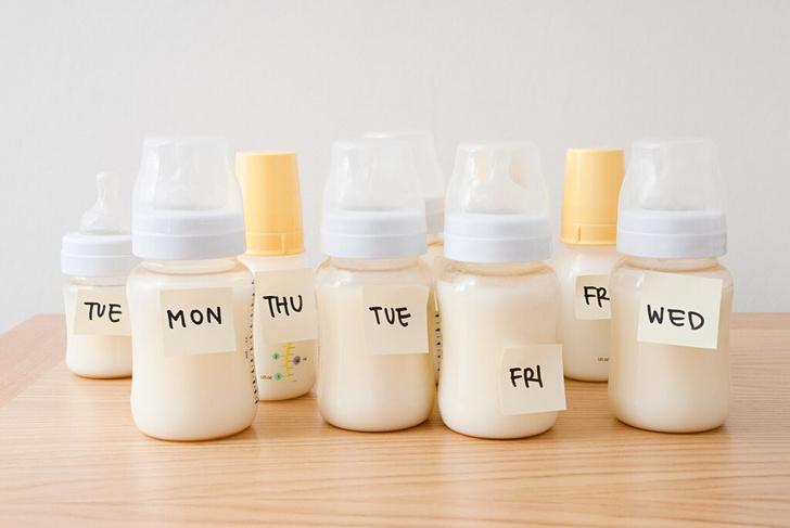 Фото №3 - Как хранить сцеженное грудное молоко: 6 важных правил