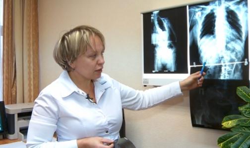 Фото №1 - Российские нейрохирурги прооперировали женщину с синдромом Пизанской башни