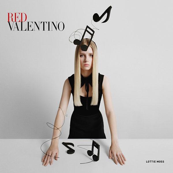 Фото №2 - Юная сестра Кейт Мосс снялась для Red Valentino