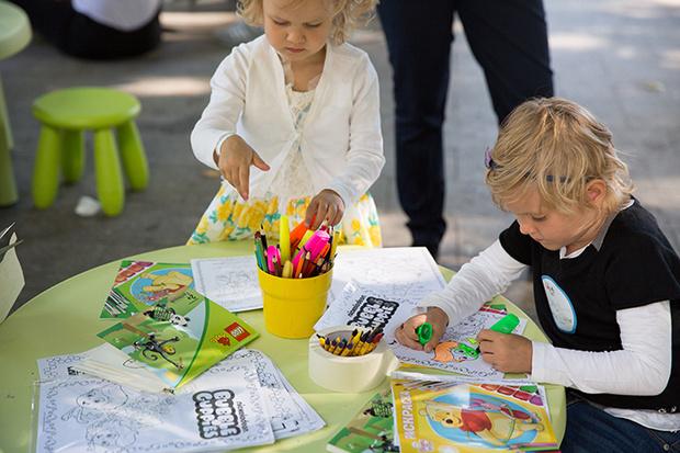 Фото №1 - Художественная школа журнала «Счастливые родители» в Парке Горького!
