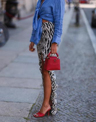 Фото №2 - Как выбрать идеальную юбку по типу фигуры