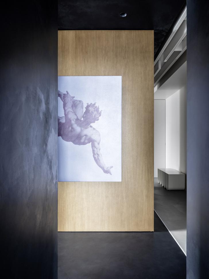 Фото №5 - Минималистская квартира для любителей русского авангарда в Москве