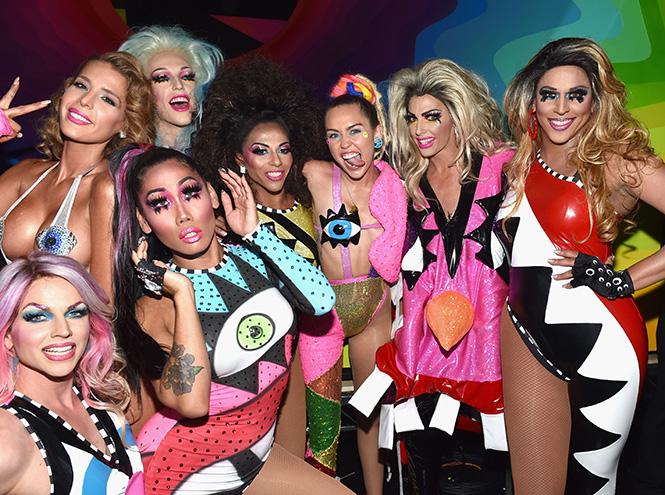 Фото №13 - Подробности церемонии VMA 2015 в Лос-Анджелесе