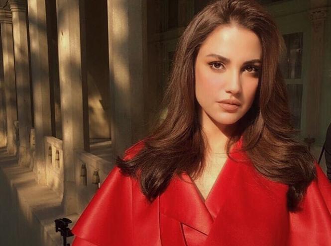 Фото №10 - Звезды Востока: как выглядят 10 самых популярных арабских актрис