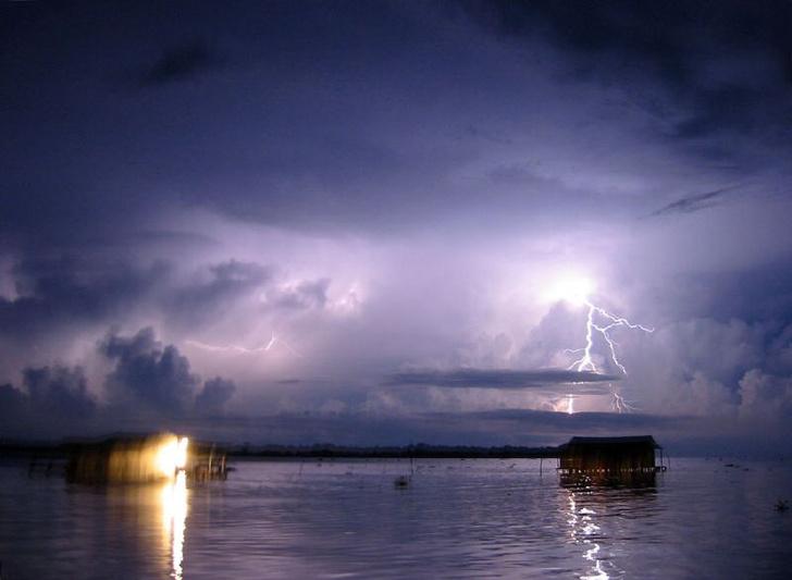 Фото №1 - Определено место на планете, в которое чаще всего бьют молнии