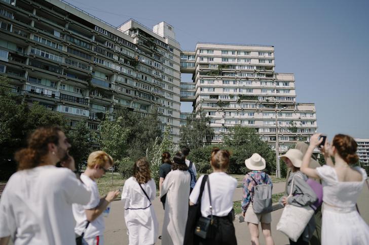 Фото №1 - Архитектурные прогулки с музеем «Гараж»