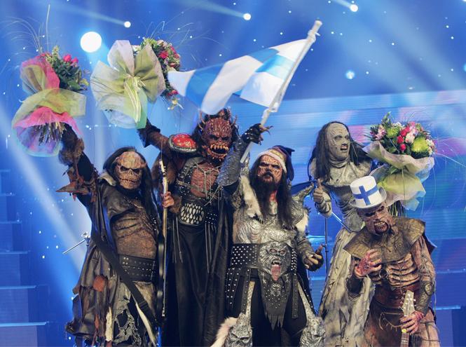 Фото №3 - Самые яркие (и странные) сценические наряды за всю историю Евровидения