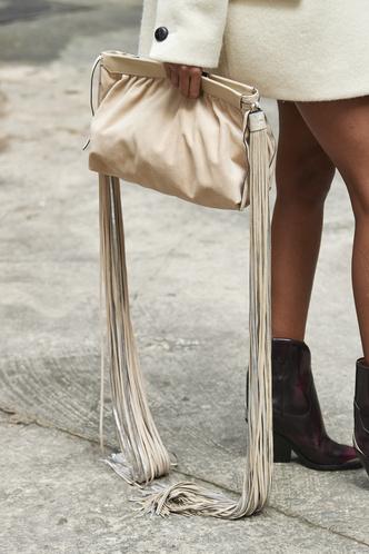 Фото №11 - Самые модные сумки осени и зимы 2021/22