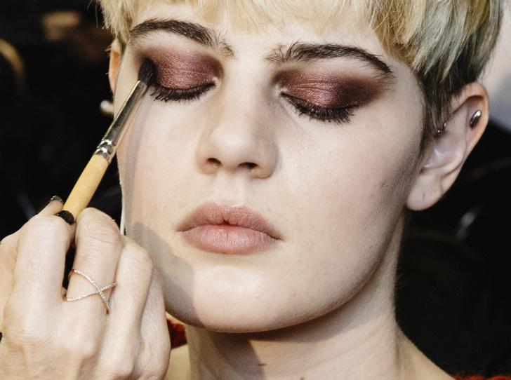 Фото №6 - Секреты идеального макияжа от Пэт Макграт — самого влиятельного визажиста в мире