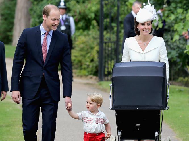 Фото №25 - Самые трогательные моменты крестин детей герцогов Кембриджских