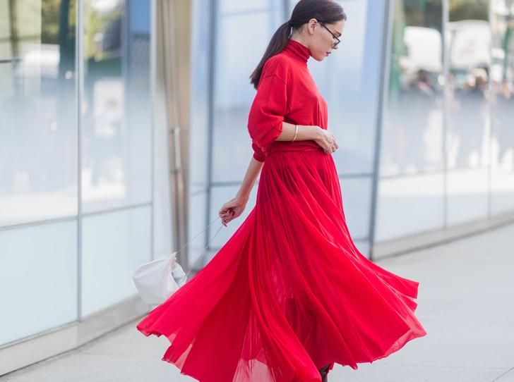 Фото №2 - Советы стилистов: какой цвет носить этим летом и для чего