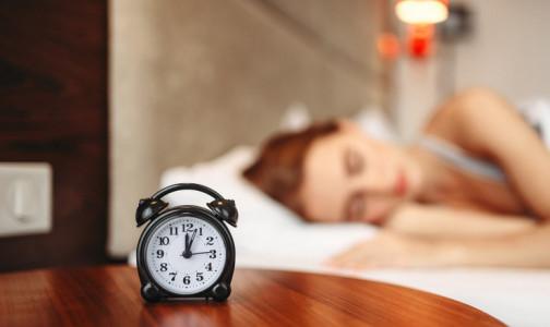 Фото №1 - Просыпаемся и пашем: как правильно засыпать весной, чтобы легко проснуться и выспаться