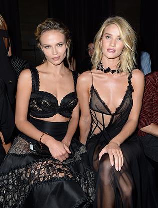 Фото №8 - Звездные гости на показе Atelier Versace FW2015/16
