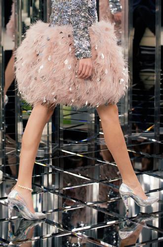 Фото №22 - Между ангелом и бесом: обзор кутюрной коллекции Chanel SS-2017