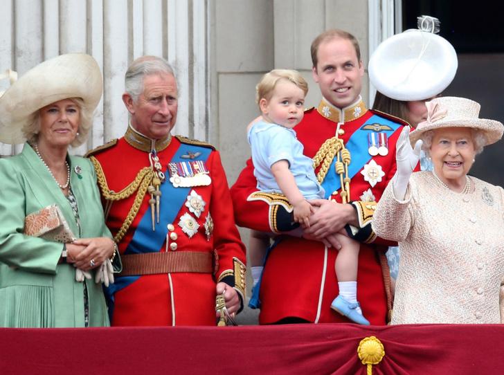Фото №1 - Кто в королевской семье действительно пострадал от прессы (и это не Меган или Диана)