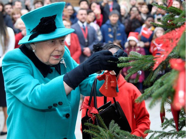 Фото №2 - Особая честь: кого из Виндзоров Королева пригласит на Рождество в этом году (а кого не ждут на празднике)