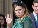 Как скандал вокруг принца Эндрю повлияет на свадьбу принцессы Беатрис