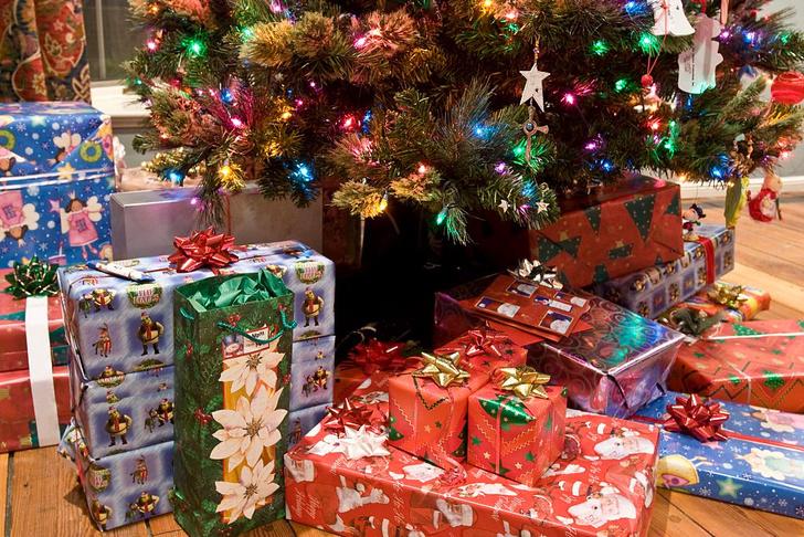 Фото №1 - Названы самые популярные новогодние подарки