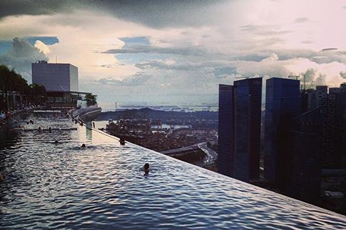Фото №1 - Чем заняться в Сингапуре: советы модели Кароли де Мегрэ