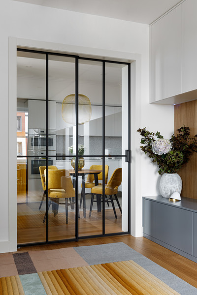 Фото №3 - Квартира молодой девушки в стиле mid-century modern 68 м²