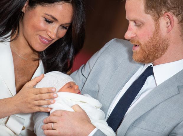 Фото №2 - Меган и Гарри объявили имя малыша