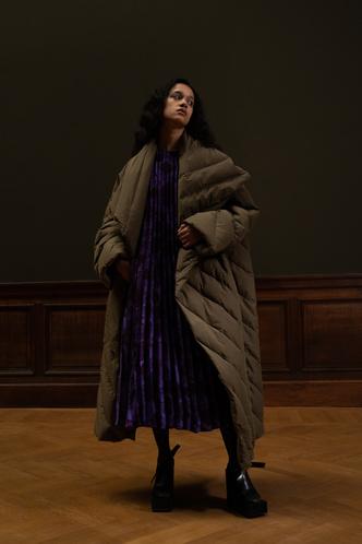 Фото №40 - Полный гид по самой модной верхней одежде на осень и зиму 2021/22