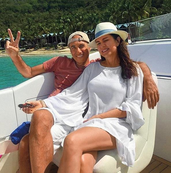 Игорь и Ольга. В следующем году будет 25 лет, как они вместе.