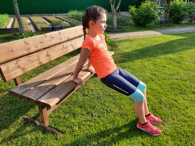 Фото №9 - Зарядка для малышей: 5 упражнений, которые нужно делать каждый день