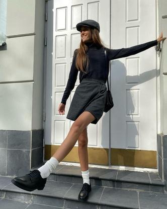 Фото №2 - Что купить к школе? Модную асимметричную юбку как у Полли Зиновьевой!