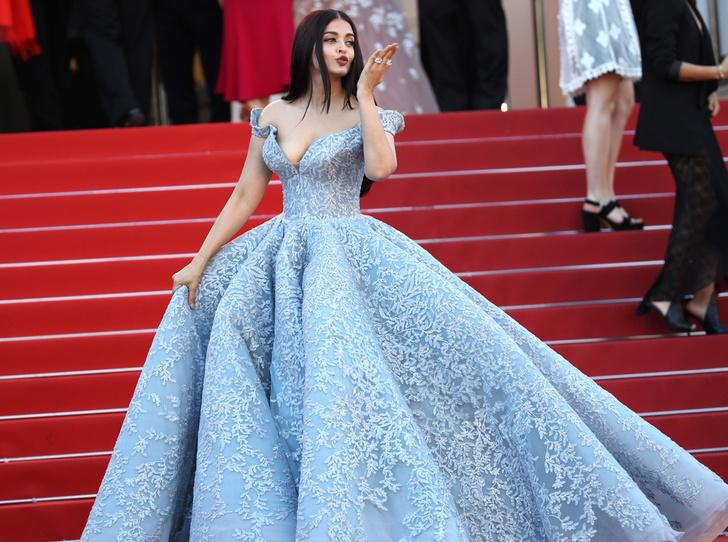 Фото №3 - Модные Канны-2017: Айшвария Рай, Рианна и другие красавицы вечера премьер 19 мая