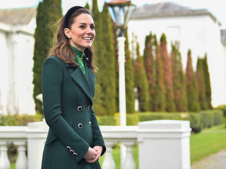 Фото №29 - Одним цветом: как королевские особы носят монохромные образы— 30 вдохновляющих примеров