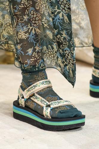 Фото №25 - Самая модная обувь весны и лета 2019