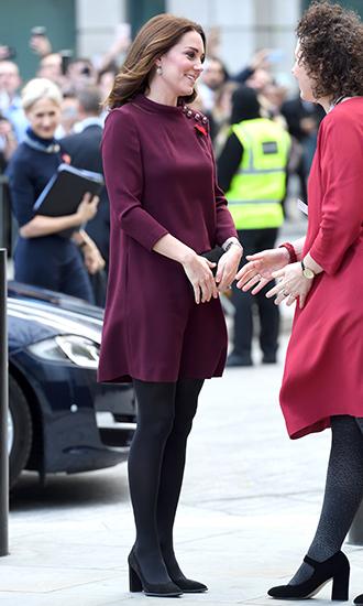 Фото №7 - 5 причин, почему Кейт Миддлтон не ругают за мини-юбки