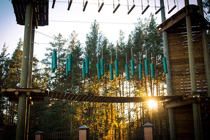Фото №1 - Первый инклюзивный веревочный парк