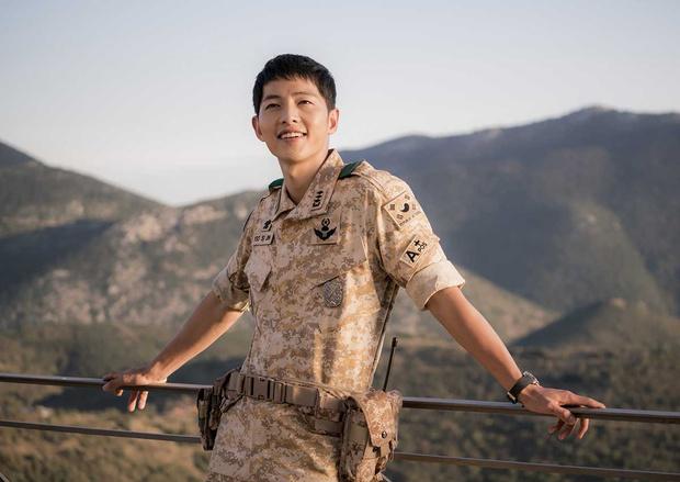 Фото №18 - Топ-20 самых красивых корейских актеров