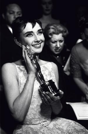 Фото №5 - Легенды «Оскара»: самые известные платья в истории премии