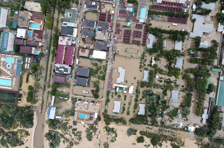 Фото №1 - На Анапу обрушились мощные ливни