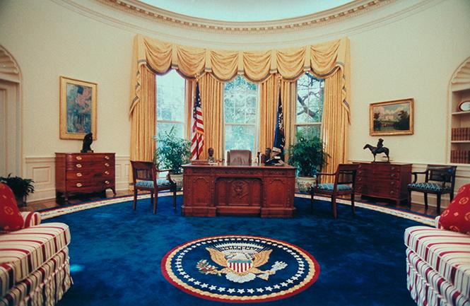 Фото №4 - Белый дом Дональда: кого дразнит Трамп?