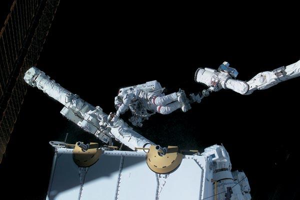 Фото №1 - Право на космос