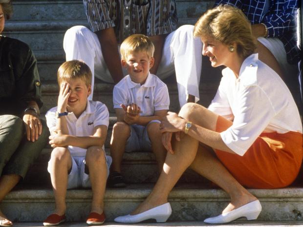 Фото №4 - Почему принцесса Диана считала, что Гарри больше подошел бы на роль короля, чем Уильям