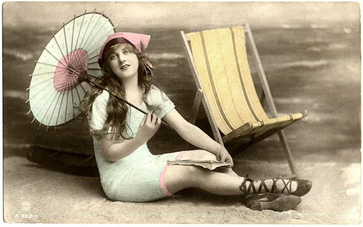 Фото №4 - Купаться разрешается! История женской пляжной моды в 10 фактах о купальниках