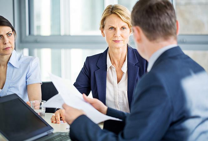 Фото №7 - Как получить прибавку к зарплате: «женские» хаки, которые помогут побороть дискриминацию