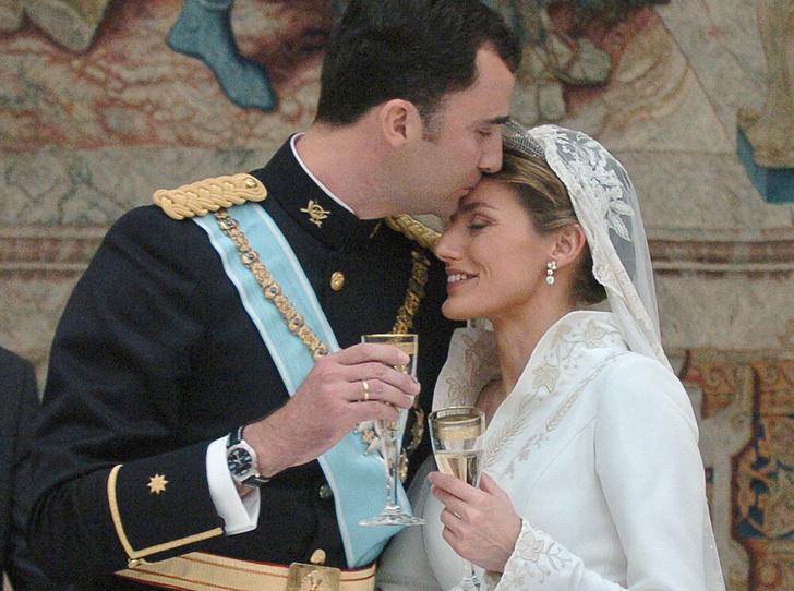 Фото №5 - Первый танец: какие песни выбирали для свадьбы королевские пары